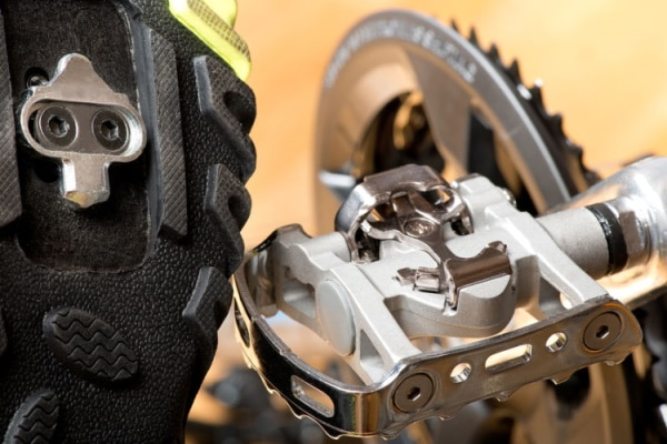 bike pedals and cleats